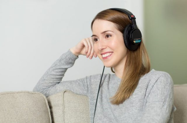 10 Personal Finance Podcasts to Listen To